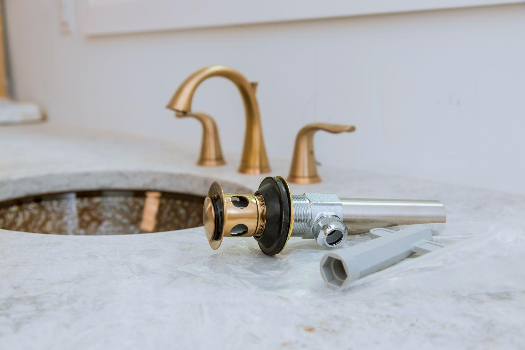 Robinet salle de bain à Ollioules